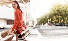 800x489xcoach-spring-2014-campaign3.jpg.pagespeed.ic.adcR4xv-L3