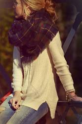 fall-street-fashions-with-plaid-tartan-scarf-93725