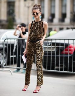 fall-winter-2012-2013-haute-couture-paris-fashion-week-street-style-leopard-outfit