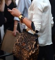 la-modella-mafia-Model-Off-Duty-Street-Style-Fall-2012-Leopard-Print-Trend-2