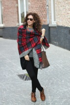 Plaid-scarf-Street-style-outfit-5
