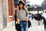 street-style-new-york-fashion-week-spring-2013-stripes-top-boyfriend-jeans-hat_vintagesoul