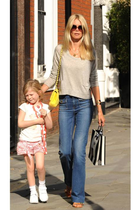 hbz-model-moms-claudia-schiffer-splashnews-lg