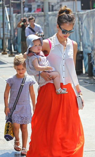 Jessica+Alba+Jessica+Alba+Daughters+Out+Lunch+BqgBaUtKPwsl