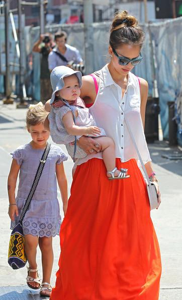Jessica+Alba+Jessica+Alba+Daughters+Out+Lunch+BqgBaUtKPwsl