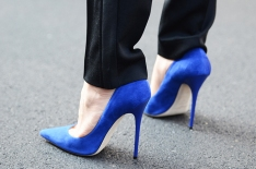nobodyknowsmarc-com-gianluca-senese-milan-fashion-week-street-style-details-shoes-blue-suede-stiletto