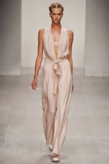 maria-grachvogel-spring-2013-jumpsuit-profile