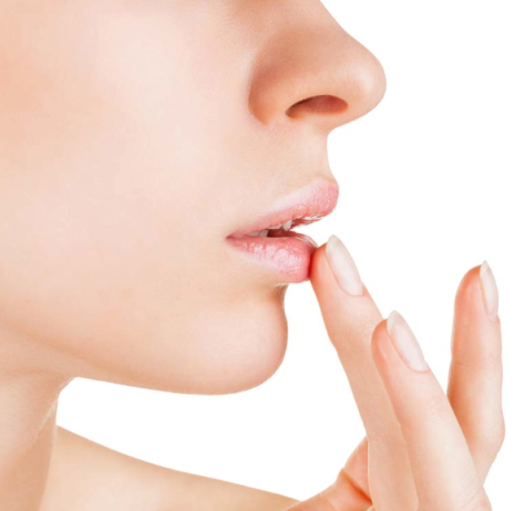 tratar lábios hidratar