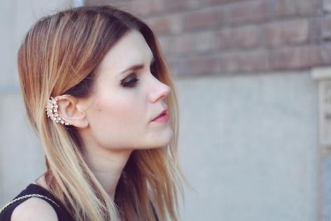 gold-ear-cuff