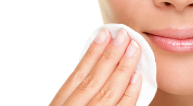 Beauty Tip – Cinco motivos para usar um tónico