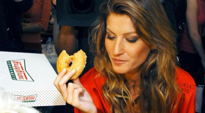5 Motivos pelos quais NÃO devemos fazer dieta no início do ano