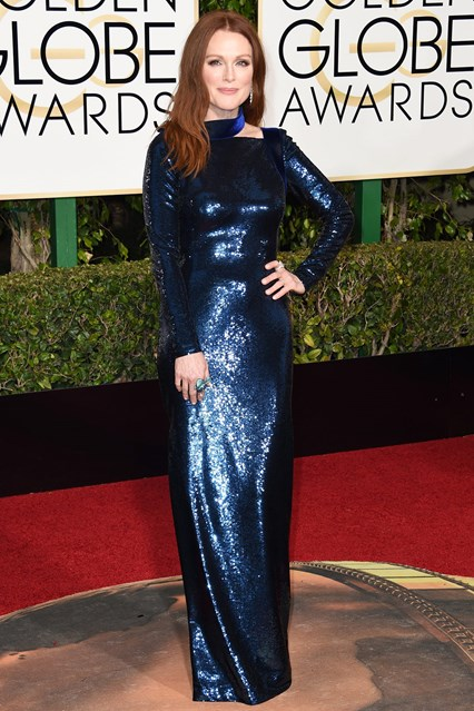 Julianne-Moore-Glamour-10Jan15-Getty_b_426x639